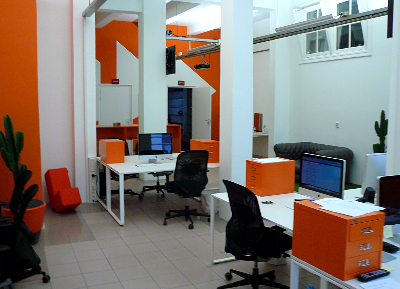 Kantoorinrichting videofabriek kantoren zakelijk interieur eigen architectuur linda - Ontwerp huis kantoor ...